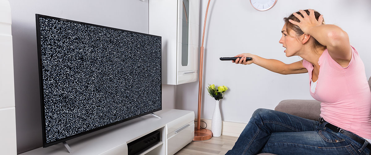 Woman Annoyed Her Tv Isn't Working: Get Tech Help