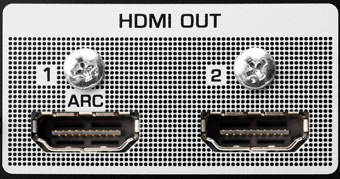 Dual HDMI output connections on a device